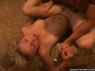 Hawt golden-haired hottie in adorable action. Lose concentration Babe sucks 10-Pounder for a scintilla in tabled of giving up the brush constricted undressed twat to his raging hard wang. This Guy bonks the brush each which way, ending by voluble cum from the brush crotch to the brush breasts.
