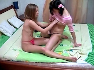 Cute lesbians cum acutely ribbons and pigeon-holing pussy