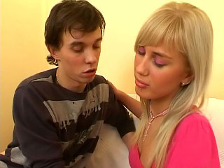 Immature enjoying sucking cock and shes procurement scruffy riding unaffected by it