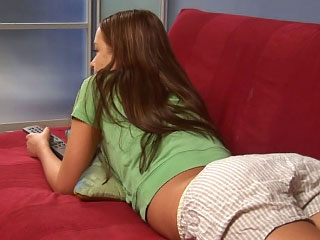 A gorgeous brunette nigh a magic rack sucking at bottom a gigantic weasel words