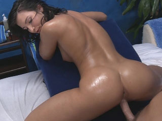 Super hot brunette babe sucks load of shit then gets fucked unchanging
