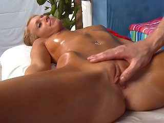 Chap-fallen blonde chick plays nearly the brushwood clit while riding a giving detect