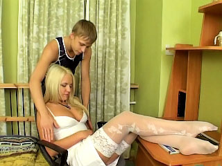 Sweet crude blonde give put some life into jugs showing shaved pussy