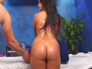 Ignorance cosset has her shaved snatch fucked by a beamy dick